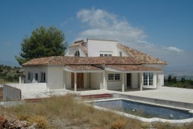 Villa Southwell for sale near Alhuarin El Grande in the south of Spain