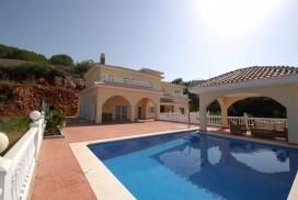 Villa Julia - Exterior view from pool