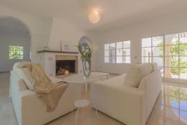 Villa Amandos -Living Room